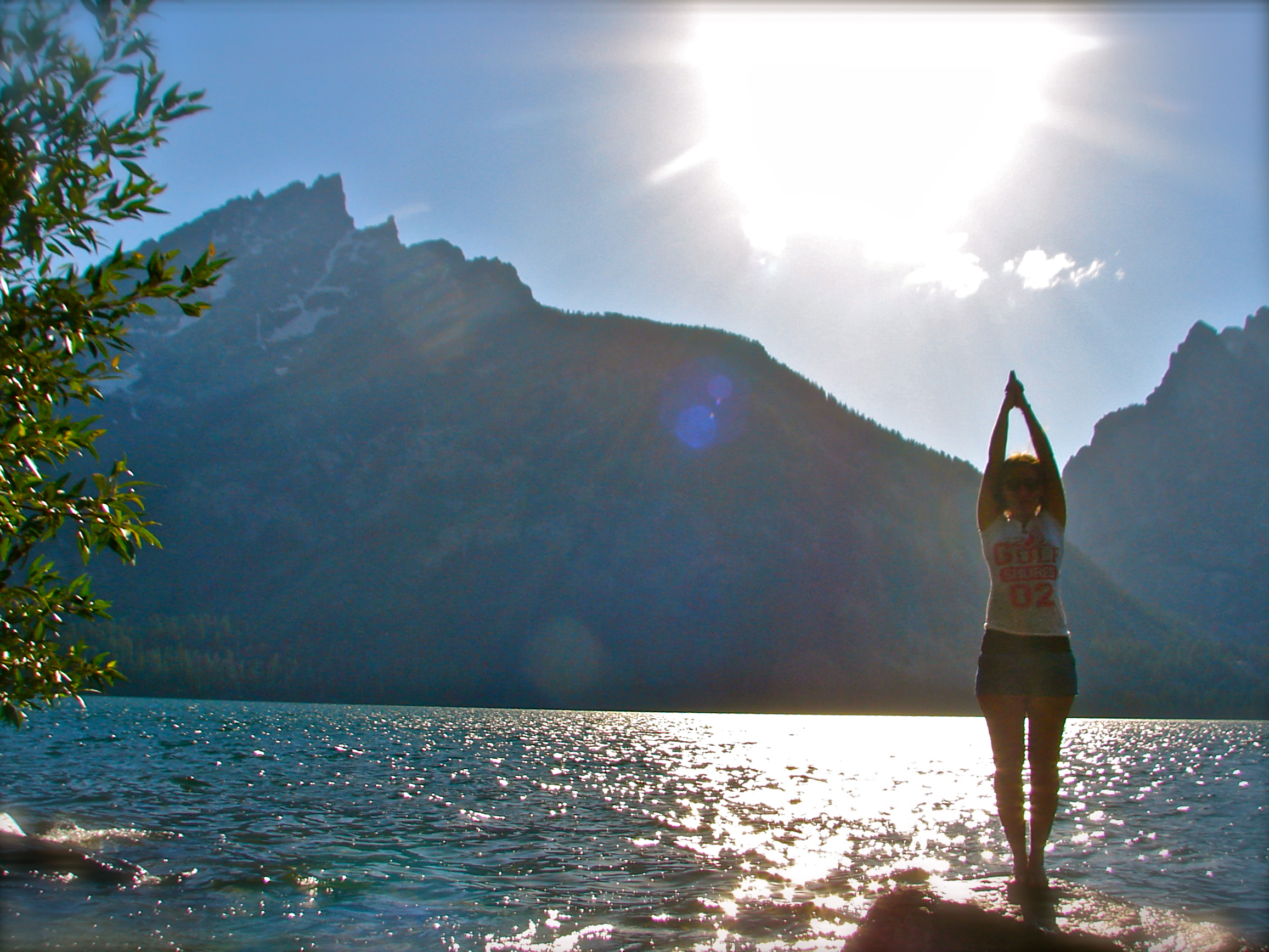 WHAT ARE THE MOUNTAIN POSE BENEFITS