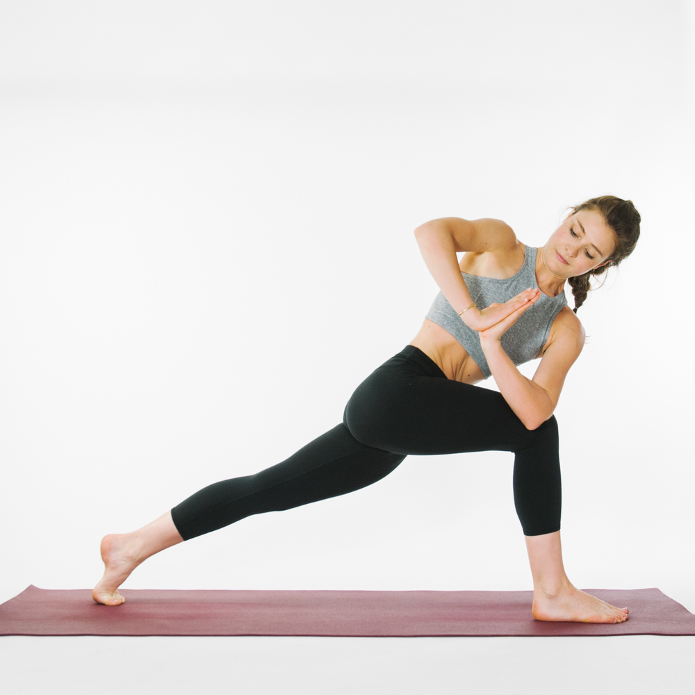 How to do High Lunge Twist
