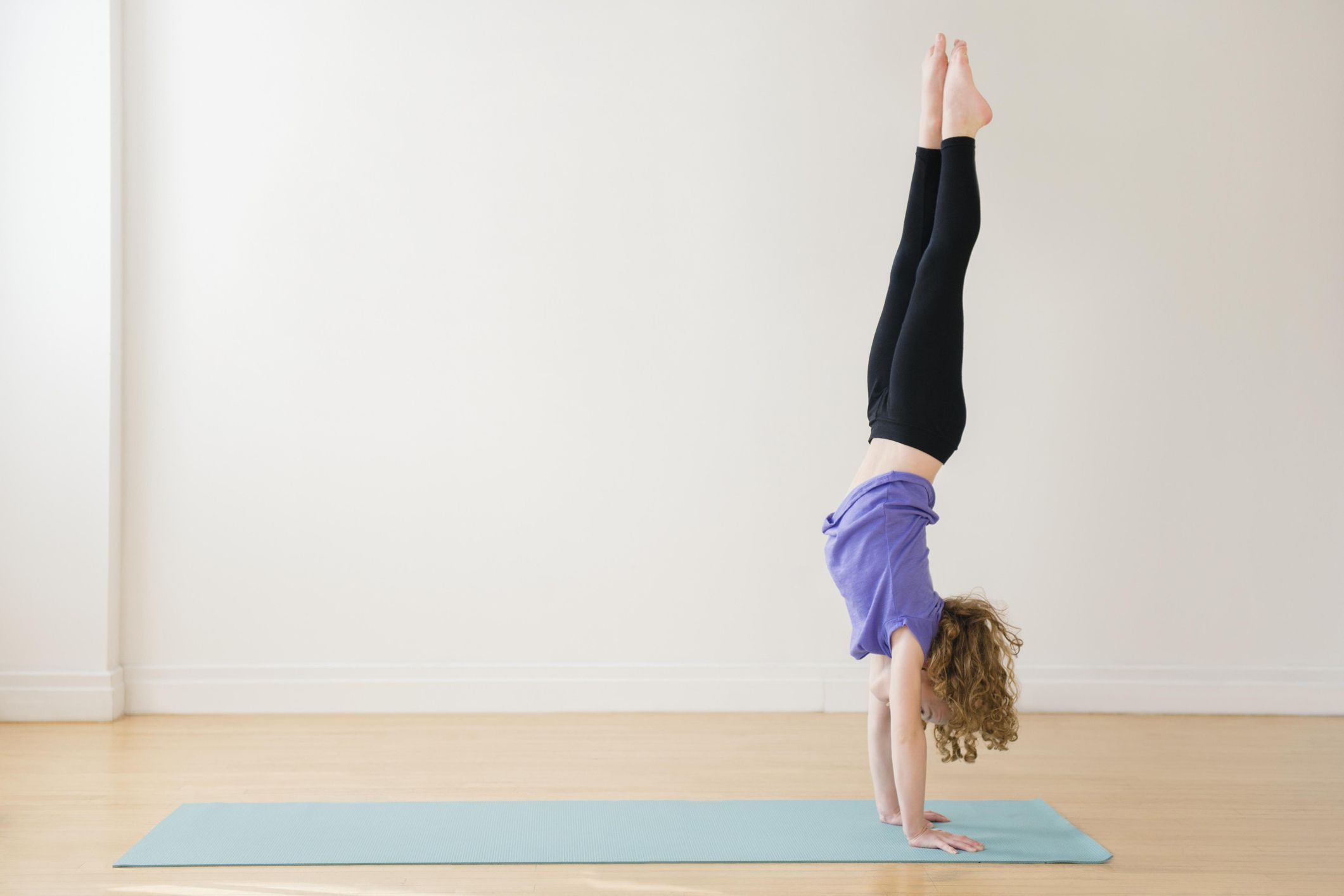 Benefits of Adho Mukha Vrksasana (Handstand)