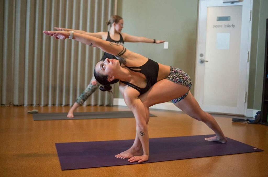 Method of Doing Parivrtta Parsvakonasana