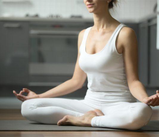 Method of doing Siddhasana