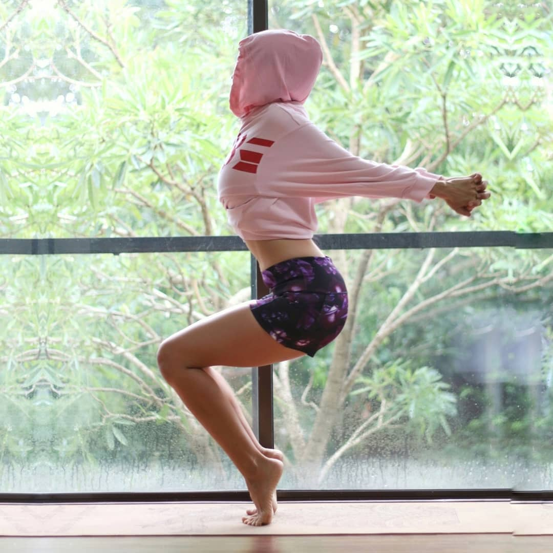 Power Yoga Utkatasana (Chair Pose)