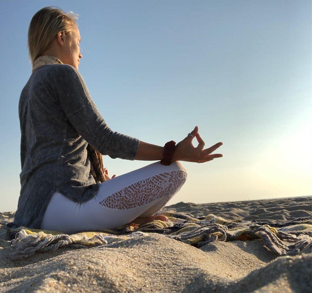 Gyan Mudra For Weight Loss
