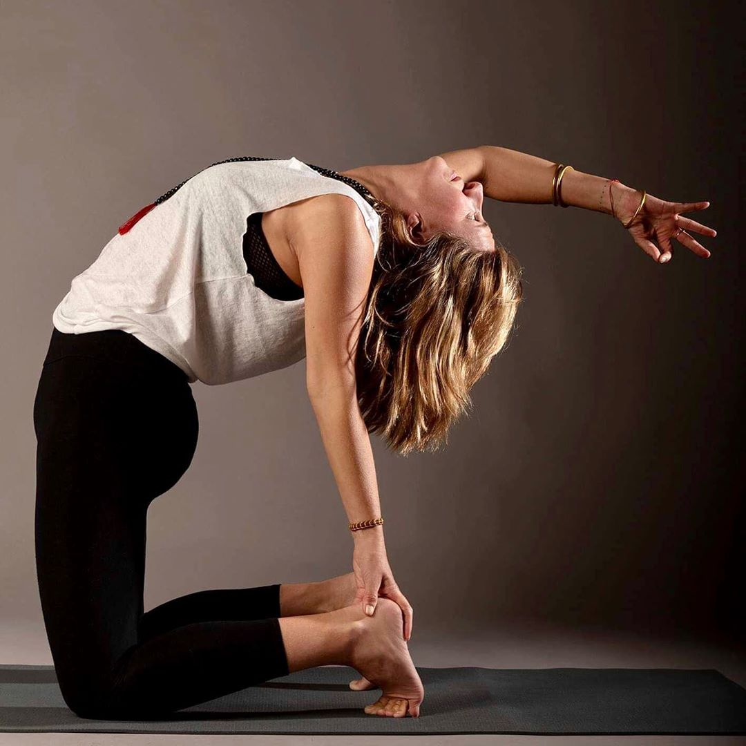 Power Yoga Ustrasana (Camel Pose)